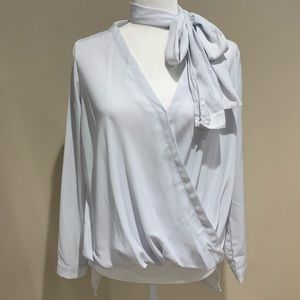 Do&Be white blouse with ribbon 🎀 Do+Be